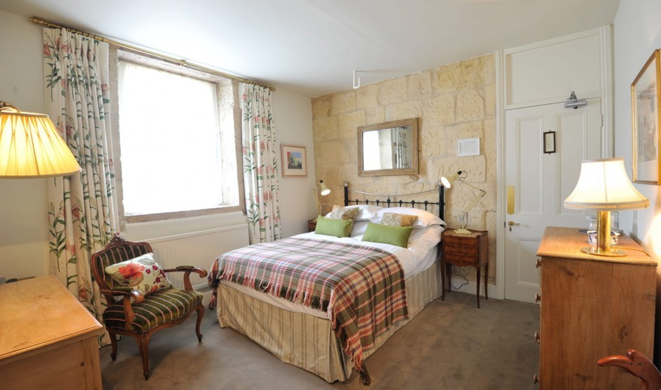 Family-friendly hotel room in Wiltshire